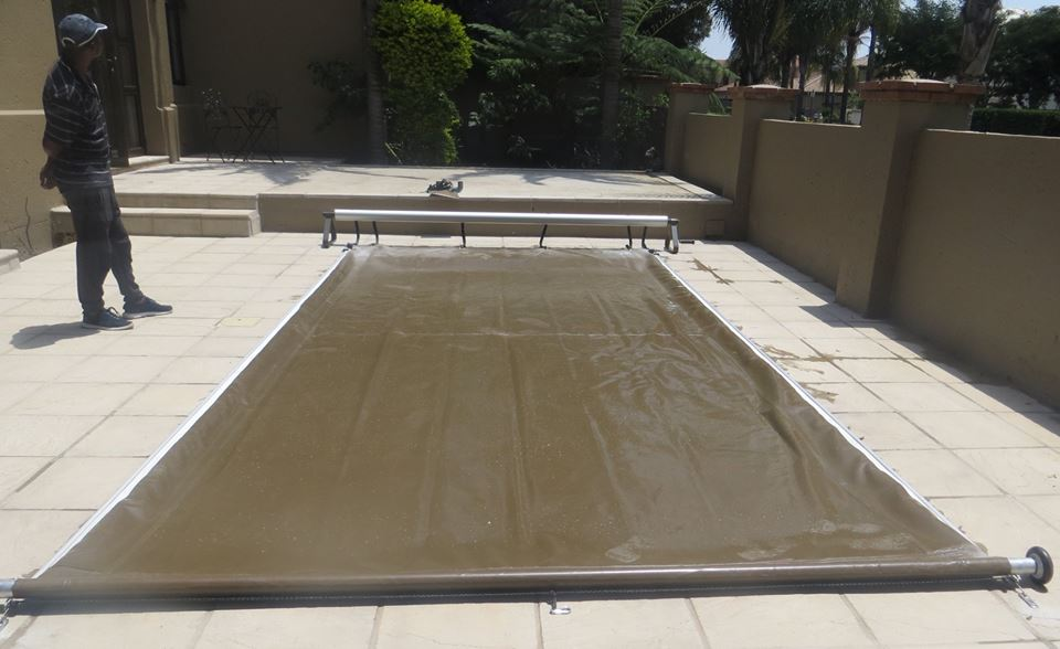 Slide-on Pool Cover